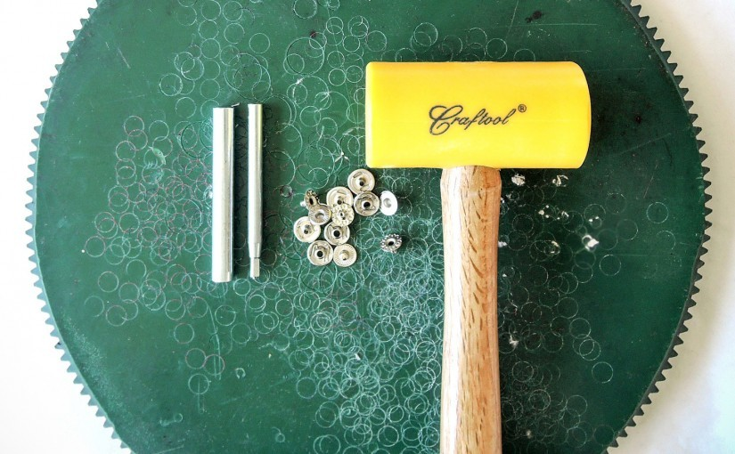 How to rivet snap fasteners